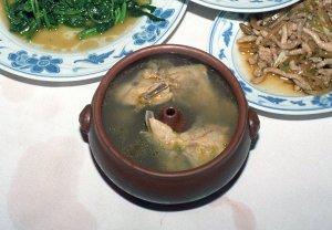 天麻気鍋鶏@重慶飯店