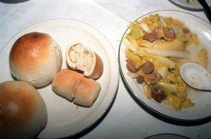 烤饅頭、銀絲巻、マッシュルームと白菜の炒め