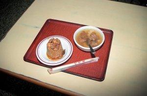 筒仔米糕と排骨湯