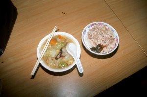 嘉義火鶏肉飯、阿龍意麺、大同包子@台南屋台食べ歩き