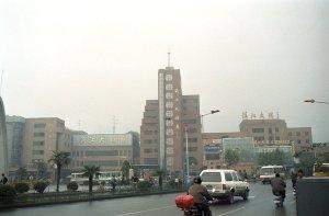 鎮江駅前風景