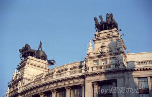 屋根の上の戦車@マドリッド観光