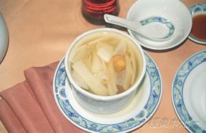 開洋葱油麺@滬江大飯店