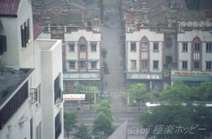 朝の飲み屋街@上海人民酒吧