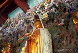 寺の中の不思議世界@渓口観光