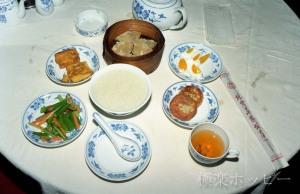 朝の飲茶@北京華僑飯店