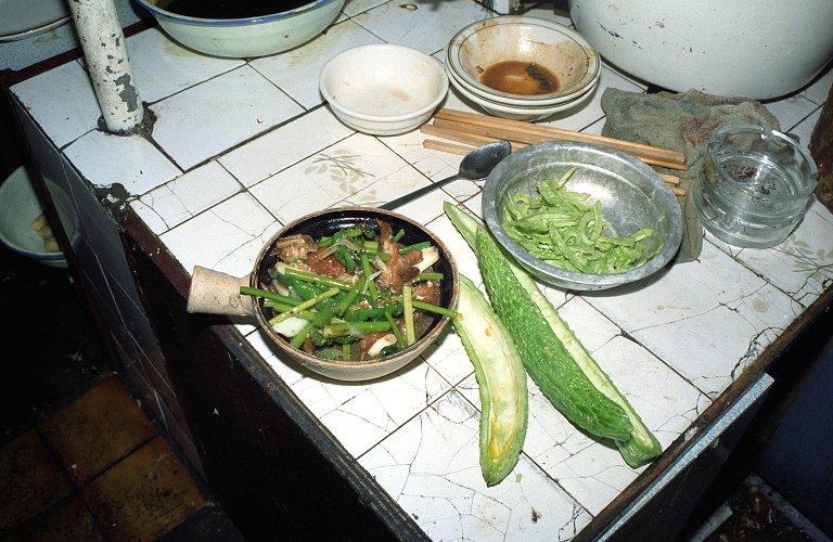 苦瓜の土鍋料理